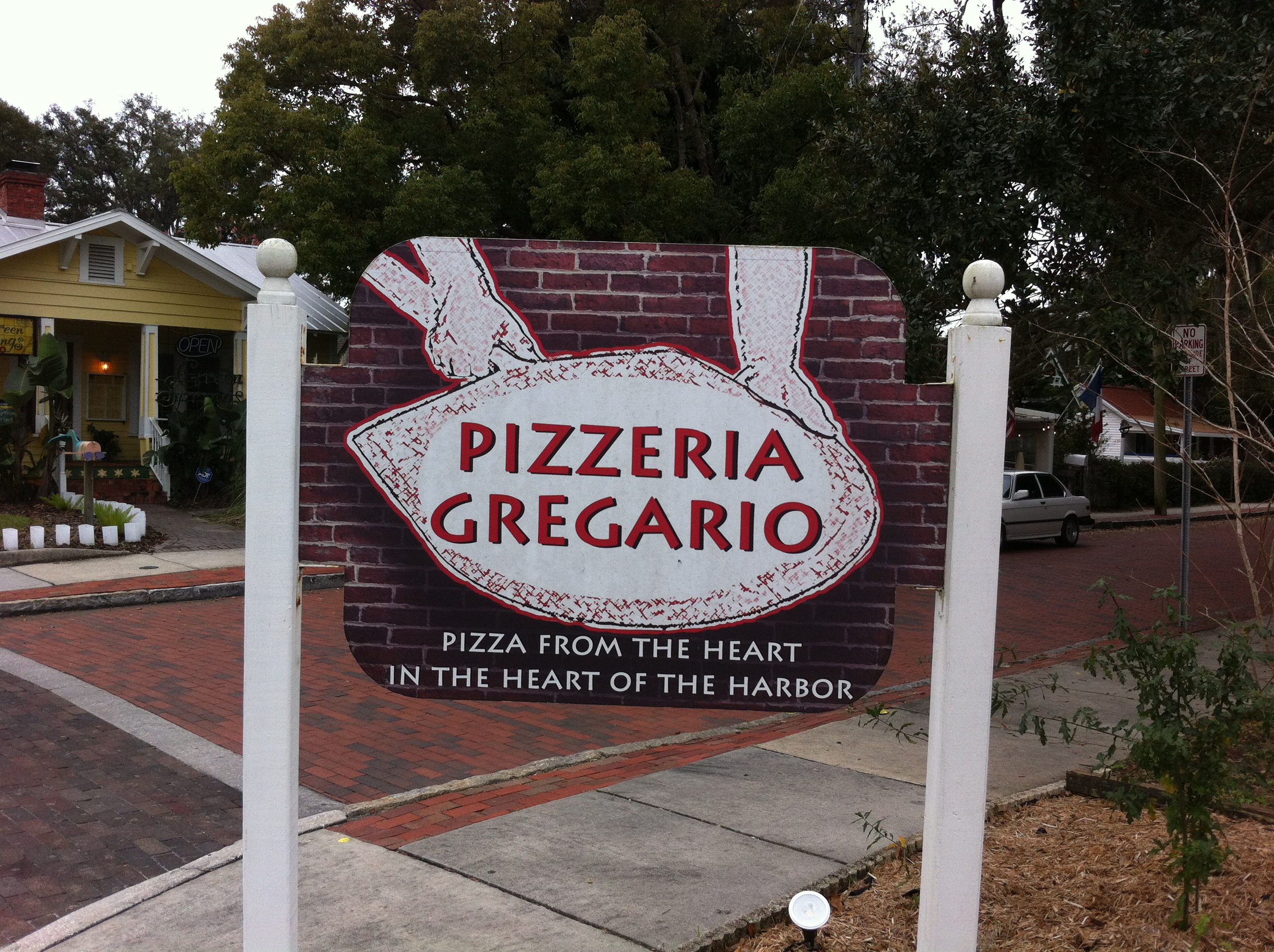 Wood Fired Pizza Gregario